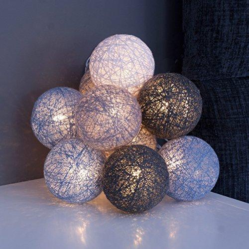 k hles grau qbis led lichterkette mit 10 baumwollkugeln batteriebetrieben optioneller timer. Black Bedroom Furniture Sets. Home Design Ideas